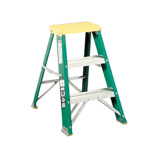 Davidson #624 Folding Fiberglass Three-Step Step Stools SKU#DAV624-02BX, Davidson #624 Folding Fiberglass Three-Step Step Stool SKU#DAV624-02BX